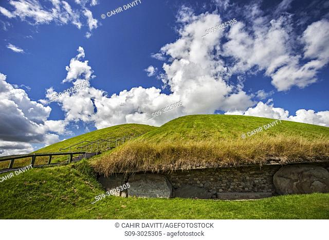 The UNESCO World Heritage Site Neolithic, Bru na Boinne complex, Knowth Passage Tomb Monument, in the Boyne Valley, Slane, Co