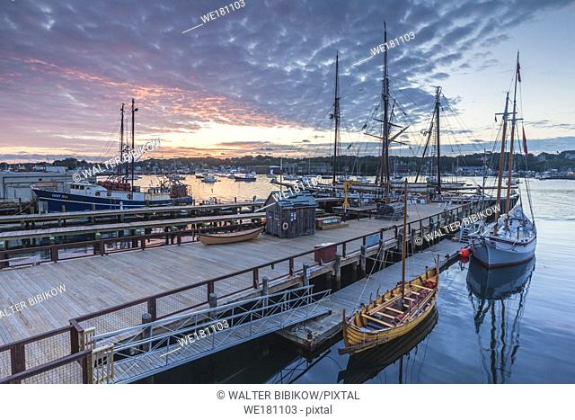 USA, New England, Massachusetts, Cape Ann, Gloucester, Gloucester Schooner Festival, schooners, dawn