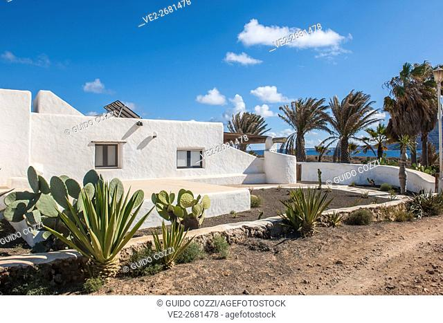 Spain, Canary Islands.  La Graciosa . Pedro Barba village