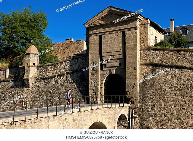 France, Pyrenees Orientales, Capcir region, strengthened city of Mont Louis created by Vauban, listed as World Heritage by UNESCO