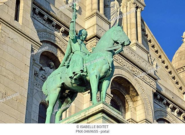 France, Paris, Montmartre, The Basilica of the Sacred Heart, Equestrian statue of Saint-Louis by sculptor Hippolyte Jules Lefebvre