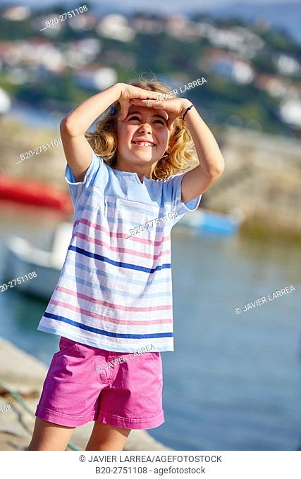 Girl, Port Socoa, Ciboure, Aquitaine, Pyrenees Atlantiques, France, Europe