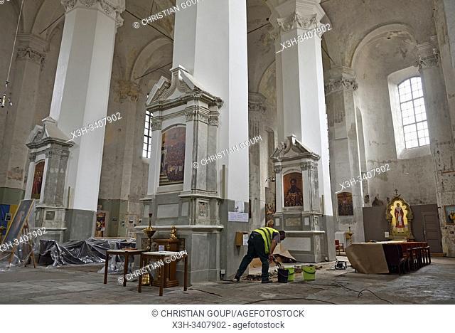 refection de l'Eglise du Monastere de la Sainte-Trinite, Vilnius, Lituanie, Europe/Holy Trinity Uniate Church under repair, Vilnius, Lithuania, Europe