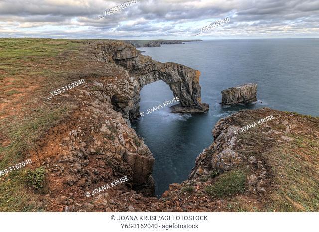 Green Bridge of Wales, Tenby, Pembrokeshire, Wales, UK, Europe