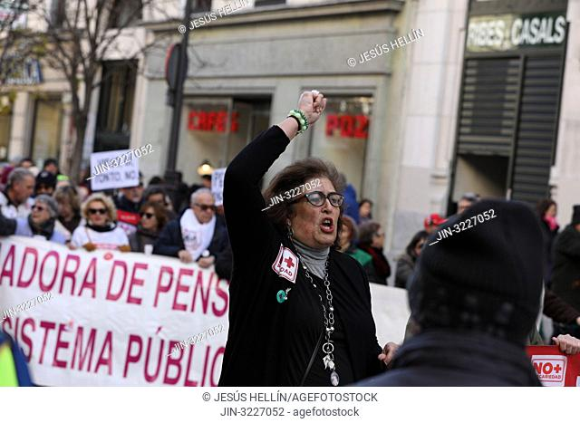 Protesters shouting different slogans about the dignity of pensions through the streets of Madrid