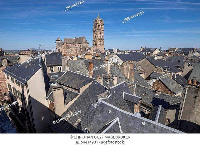 Roofs of the town and Notre-Dame Cathedral, Rodez, Aveyron, Languedoc-Roussillon-Midi-Pyrénées, France