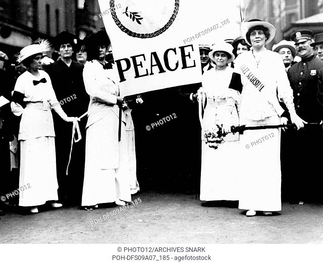 Women demonstrating against the World War I. Women from New York and other cities walking on the Fifth Avenue 1915 United States
