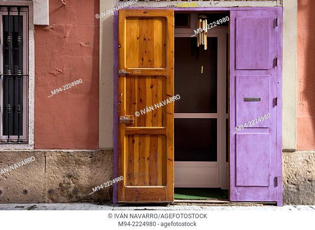 Door, Barrio del Carmen, Valencia; Comunidad Valenciana; Spain