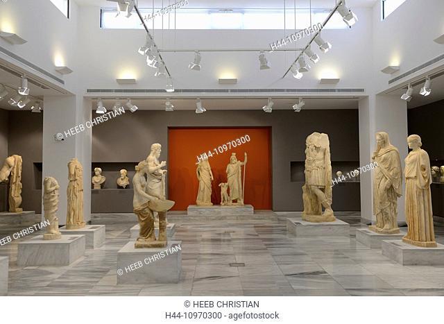 Europe, Greece, Greek, Crete, Mediterranean, island, Heraklion, Iraklio, Archaeological Museum, museum, art, figures