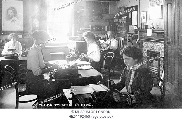 The inner office, Clement's Inn, The Strand, September 1911. Run by the General Office Manager, Miss Kerr, seen at her desk in the top right-hand corner