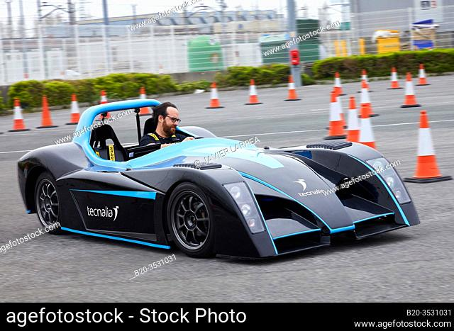 Dynacar, Electric car used as a test bench, Go Mobility Exhibition, Professional meeting point of the industrial and digital new mobility, Ficoba, Irun