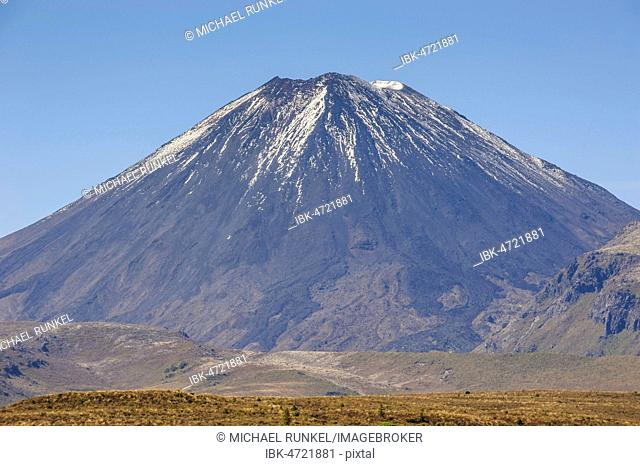 Mount Ngauruhoe, Unesco world heritage sight Tongariro National Park, North Island, New Zealand