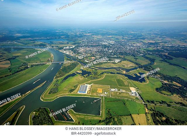 Lippe estuary flowing into Rhine, Lippe delta, Wesel, Ruhr district, Lower Rhine, North Rhine-Westphalia, Germany