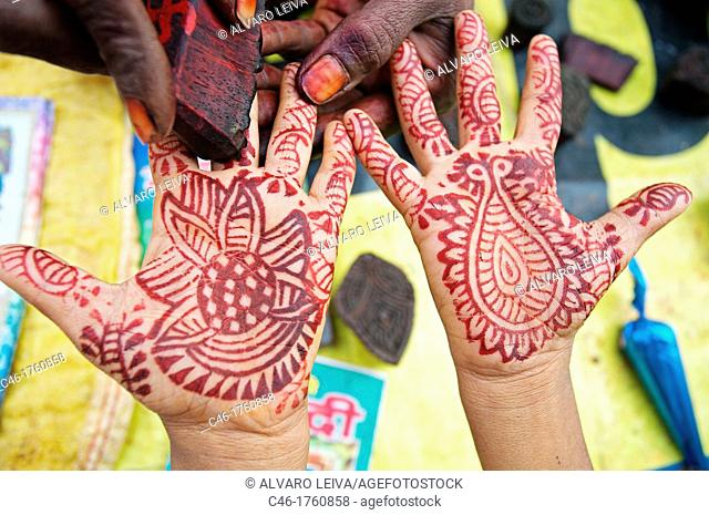 Hands painted with henna, Pushkar camel fair  Pushkar  Rajasthan  India  Asia