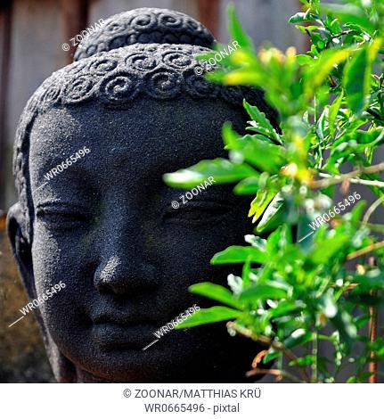 steinerner Buddha