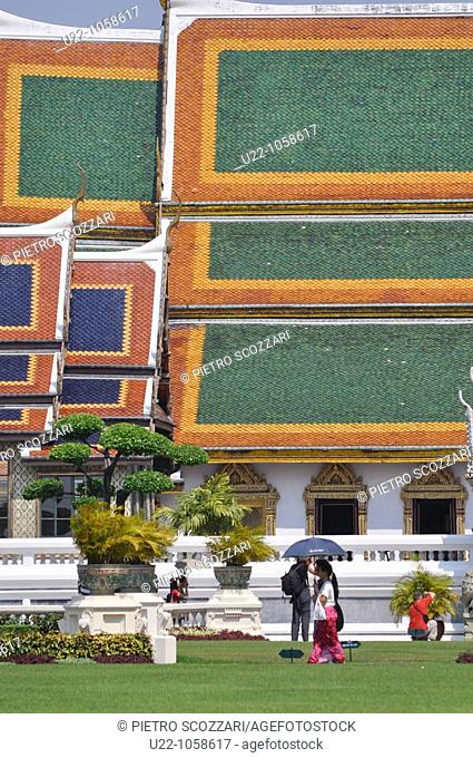 Bangkok (Thailand): inner garden by the Royal Palace compound