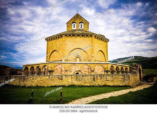 Hermitage Saint Mary of Eunate, ( 12th century ) Way of Saint James, Muruzábal, Navarre, Spain, Europe
