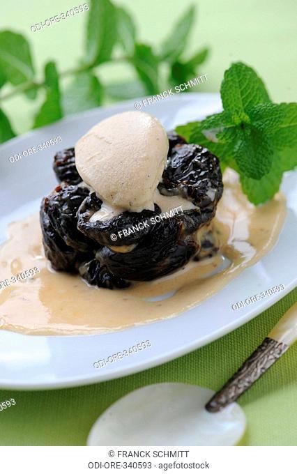 Prune with Sauternes and icecream