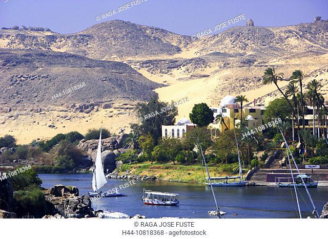 Egypt, North Africa, Aswan, Nile, river, Felucca, boats, desert, scenery