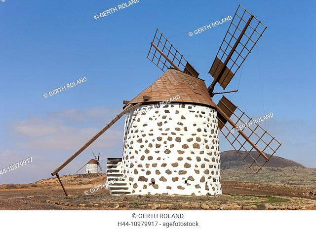 Molinos de Villaverde, Spain, Europe, Canary islands, Fuerteventura, windmills