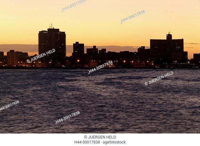 Malecon Promenade at sunset, Hotel National, Havanna Vieja, Cuba