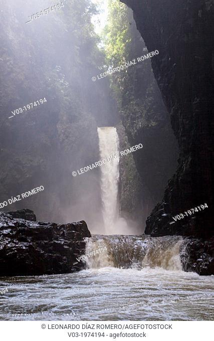 """""""""""""""""""""""El Encanto"""""""" Fall, at Filobobos River, Veracruz, Mexico"""