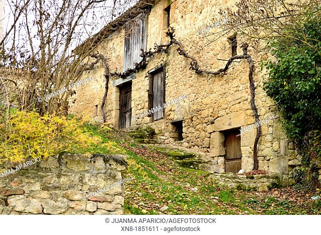 Herrán is a small Medieval Village located in the Tobalina Valley, Burgos, Spain