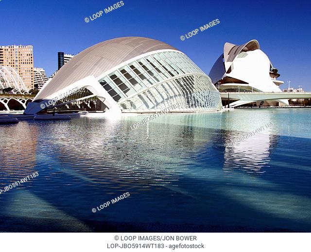 The Ciudad de las Artes y las Ciensiasn with the Hemisferic and Palau de les Arts