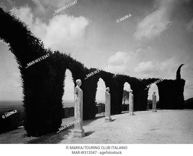 giardino di palazzo pontificio, castel gandolfo, 1930-40 // garden of palazzo pontificio, castel gandolfo, 1930-40
