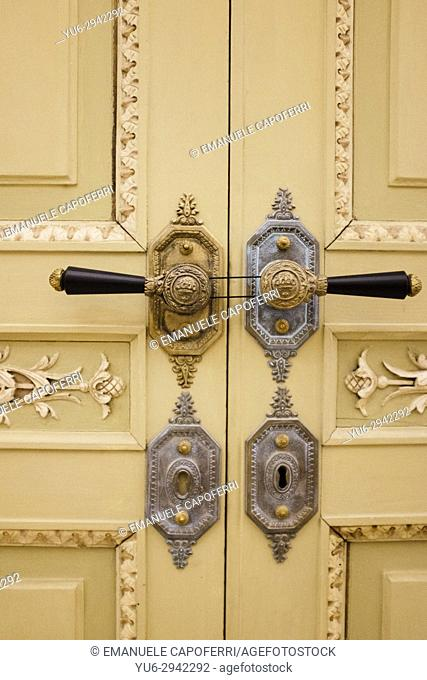 door, villa Reale di Monza