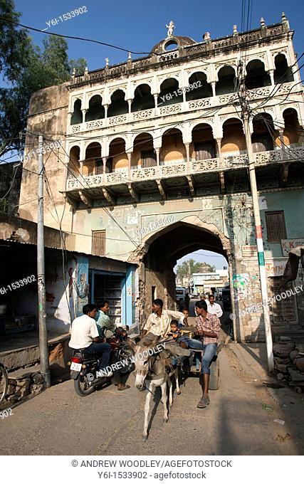 Haveli mansion style arch gateway Mandawa Rajasthan India