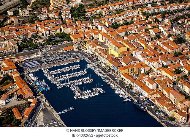 Aerial view, historic centre and the Marina of Port-Vendres, Port-Vendres, Languedoc-Roussillon, France