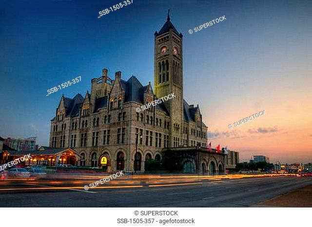 Hotel at the roadside, Union Station, Nashville, Tennessee, USA