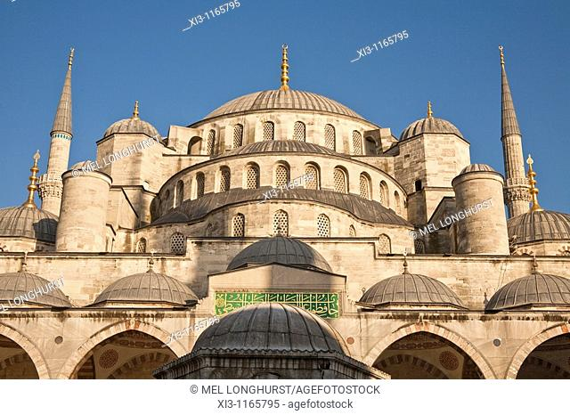 Sultanahmet Mosque, also known as the Blue Mosque and Sultan Ahmed Mosque, Istanbul, Turkey