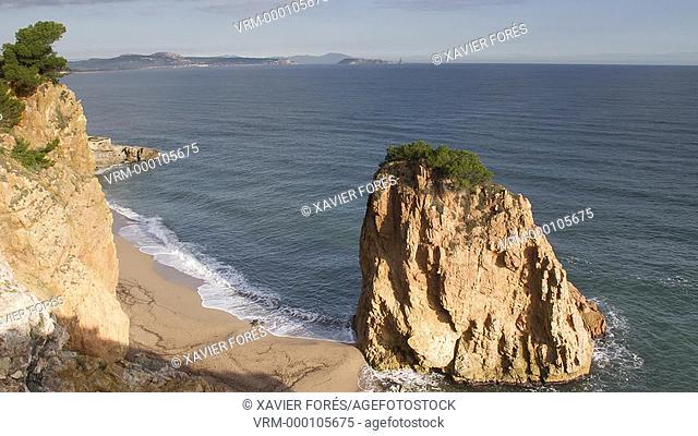 Illa Roja, Cala Racó in Sa Riera, Begur, Costa Brava, Girona, Spain