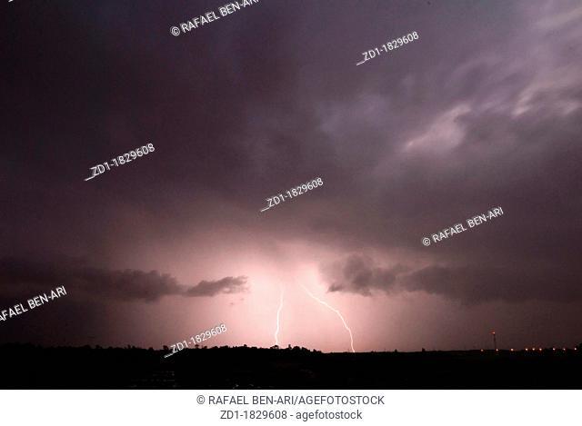 lightning thunder storms cloudy skies heavy rainfall