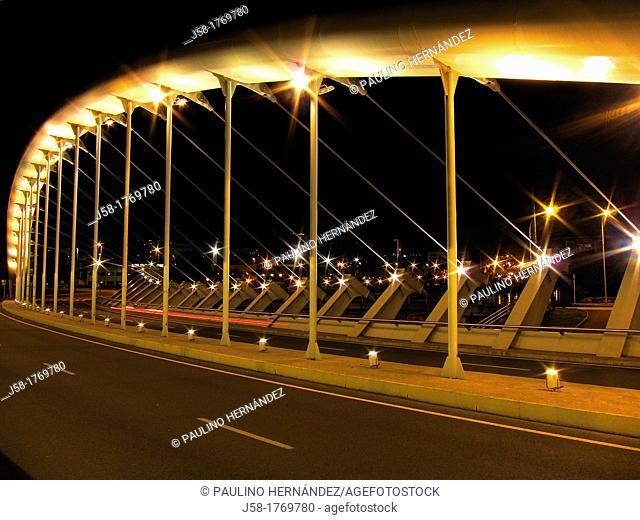 BRIDGE OVER GALINDO RIVER, CREATION OF JAVIER MANTEROLA ENGINEER, VILLAGE OF BARACALDO, PROVINCE OF VIZCAYA, BASQUE COUNTRY