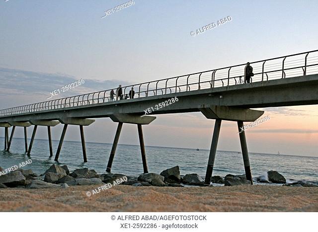 Beach, Pont del Petroli, Badalona, Catalonia, Spain