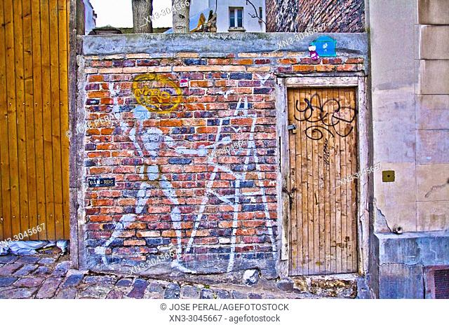 Wall with painter painting a picture, Montmartre, 18th arrondissement, Paris, France, Europe