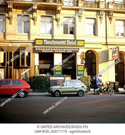 Das Gasthaus Nachmarkt Beisl am Wiener Naschmarkt, Wien, Österreich 1980er Jahre. The tavern Naschmarkt Beisl at the Vienna Naschmarkt, Vienna, Austria 1980s