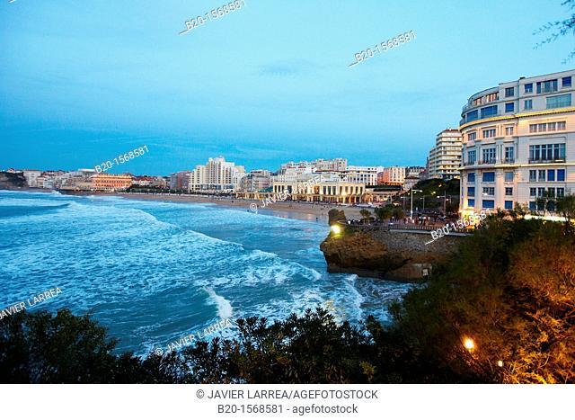 Grande Plage Beach, Biarritz, Aquitaine, Basque Country, Pyrenees Atlantiques, 64, France