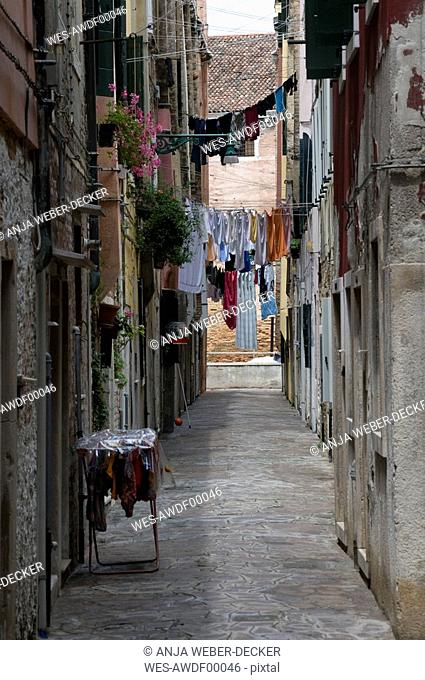 Italy, Venice, Clotheslines in lane