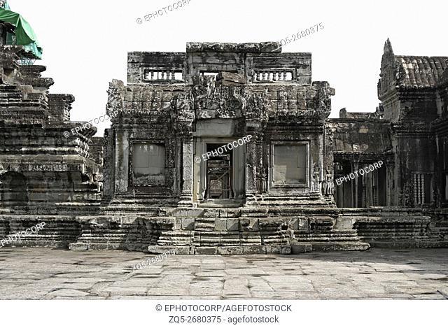 Cambodia, Angkor Wat 12th century A. D. Gopuram in Centre