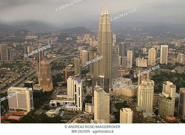 Skyline Kuala Lumpur with Petronas Tower, Malaysia