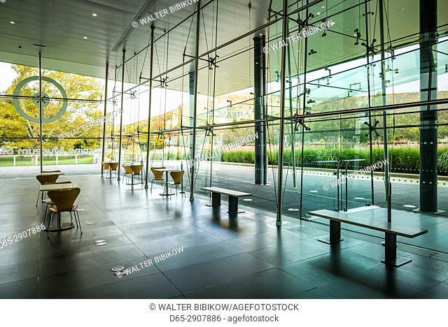 USA, New York, Finger Lakes Region, Corning, Corning Museum of Glass, glass gallery interior