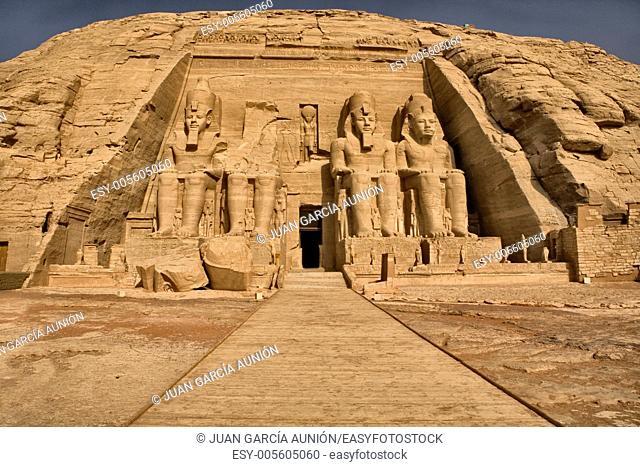Huge sitting sculpture, high side of Abu Simbel Temple