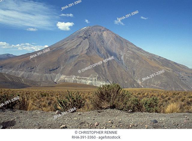 Solidified lava flows, El Misti volcano, 5821m, Arequipa, Peru, South America
