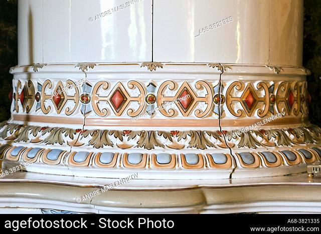 Odensnäs. Turn of the century house with preserved interior in Ängelsberg. Completed 1896. Architect: Isak Gustaf Clason. Detail of tiled stove