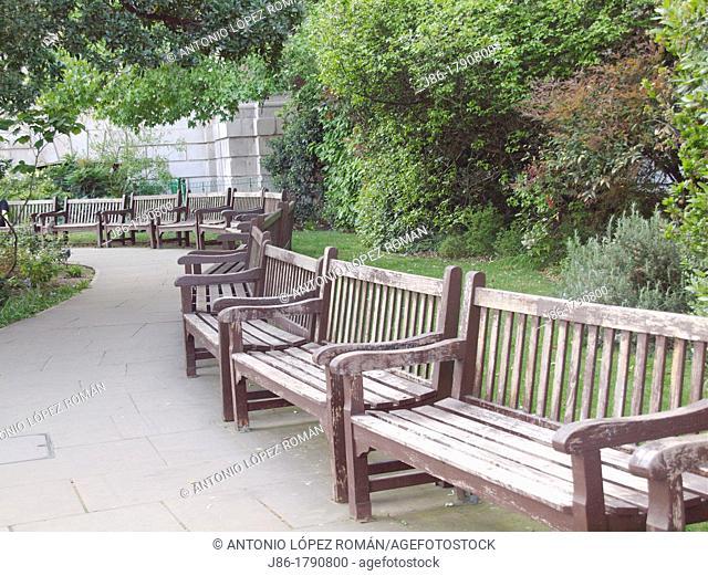 Empty park benches, Hyde Park, London, England