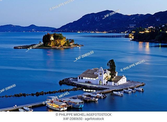Greece, Ionian island, Corfu island, Kanoni, Vlacherna Monsatery and Pontikonissi island
